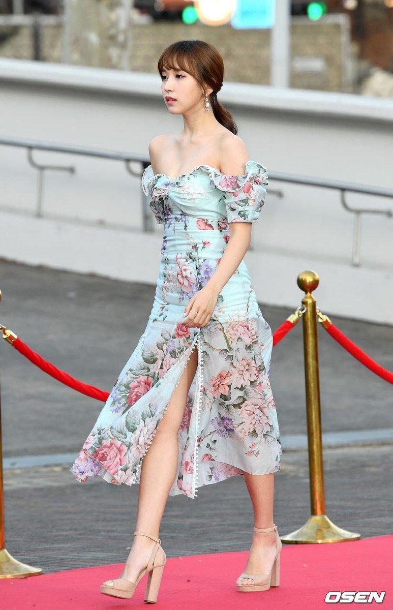 色気やば笑笑笑笑エロ可愛いミナもめっちゃ好きよ!!!💗💗にしても!綺麗だなぁー!!!!!!美しい!!