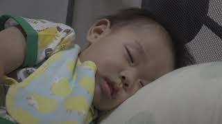 赤ちゃん 寝ているときに口が授乳体勢 – Baby Vlog