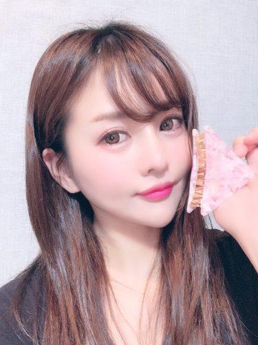 髪留め324円也。桜っぽくてかわゆ🌸🌸#グラドル#グラビア#プチプラ